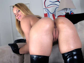 Asses of Face Destruction #08 Kirra Lynne