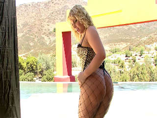 BTS-Phat Bottom Girls #02 Flower Tucci
