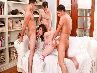 University Gangbang #08 Alex Gonz & Jennifer White