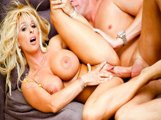 MILF Worship #06 Holly Halston & Mark Wood