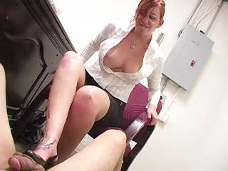 Ball Busting Bitches Scarlett Pain