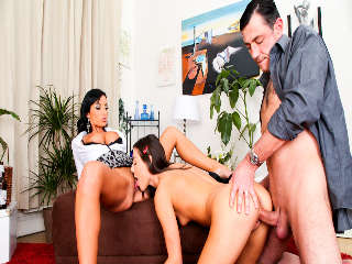 Mom And Dad Are Fucking My Friends Vol 09 Iwia & Veronica Diamond