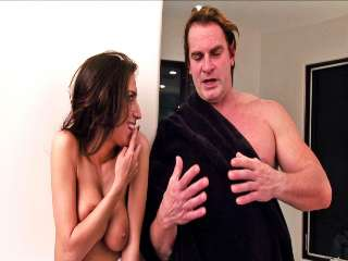 BTS-The Stepmother #06 April O'neil & Evan Stone