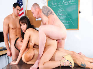 University Gangbang #13 Jenner & David Loso