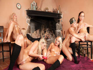 Lesbian Oil Orgy #03 Lucy Bell & Mia Me
