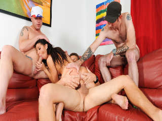 University Gangbang #12 Mia Gold