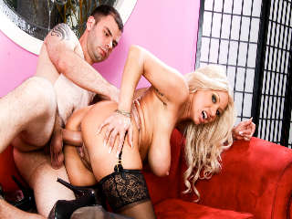 Bored Housewives #05 Isabella Rossa & Ralph Long