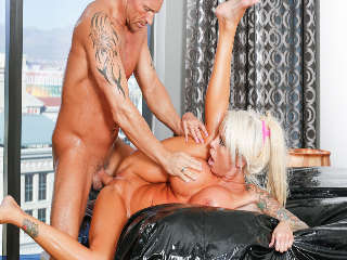 Premarriage Massage Marcus London & Lolly Ink