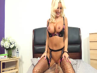 Sparkly Brittany Fucks In Heels