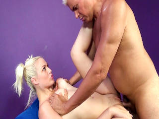 Blonde Beauty Jenna Ivory Gets Fucked!